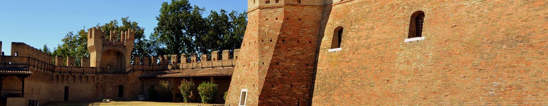 Bonelli Bus привезет вас в удивительный средневековый городок Градара