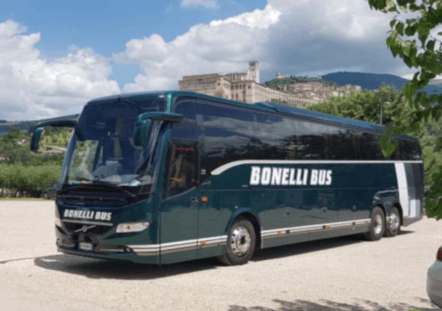 Trasporti per scuole, gite e pellegrinaggi